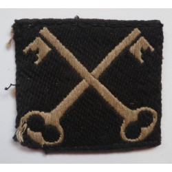 WWII 2nd Infantry Division Cloth Formation Sign British
