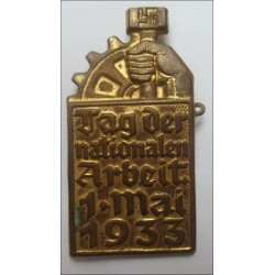 Tag Der Nationalen Arbeit 1-Mai 1933 Commemorative Badge