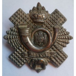 Highland Light Infantry Cap Badge Small Scroll